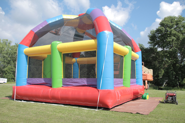 Rent Consessions, Inflatables, Grills in Alexandria MN